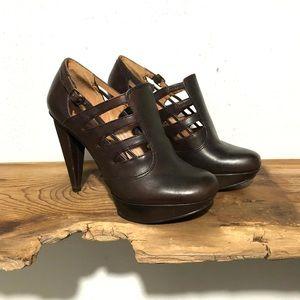 No 704b   Vienna Leather Cage Platform Heels 6.5